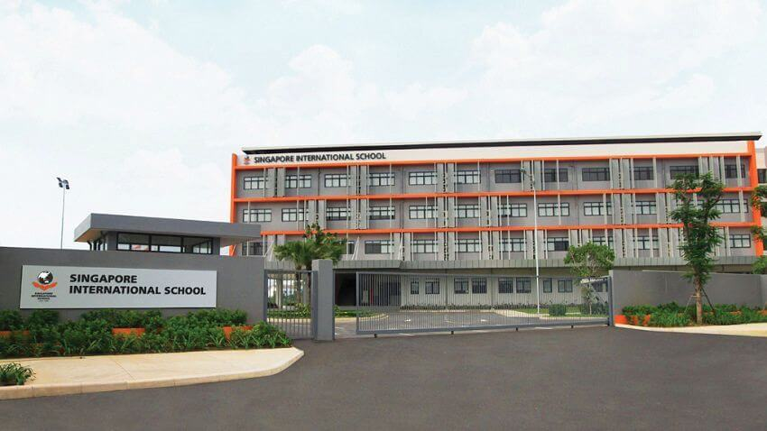 SIS International School, the learning place.