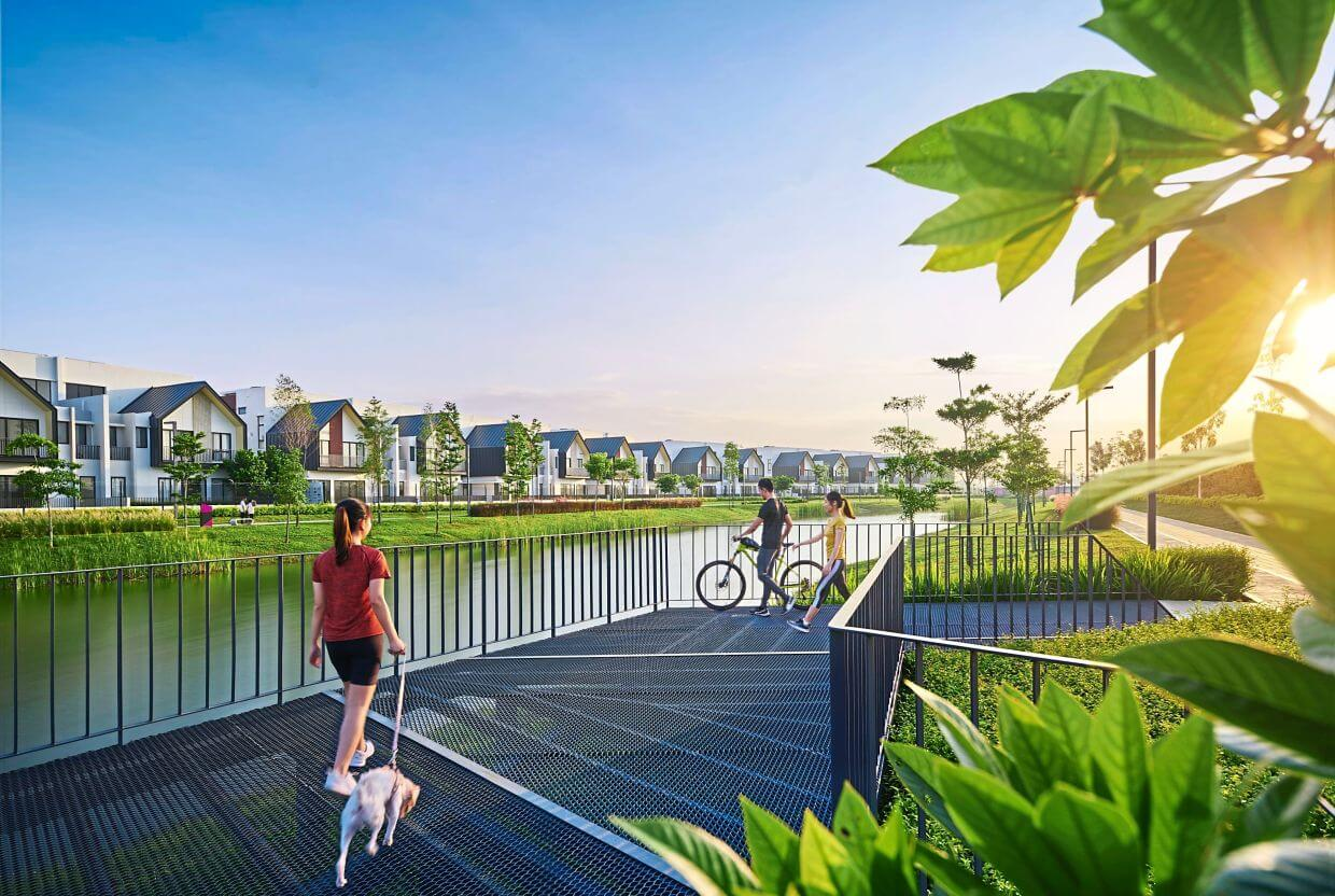 Lush greenery along The Loop offers the community a refreshing walk. The Loop is a 7km network of pet and wheelchair-friendly walkway in the twentyfive.7 township.