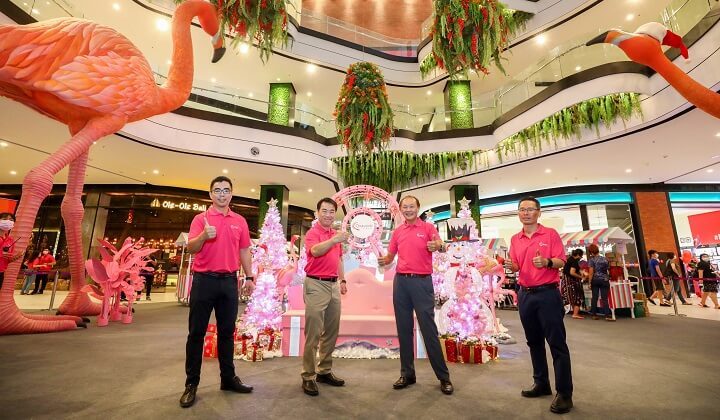 (L-R): Aw Sei Cheh, Chief Operating Officer of Gamuda Land; Ngan Chee Meng, Chief Executive Officer of Gamuda Land; Herbie Tan Kim Whatt, Director of Leasing, Retail and Malls; and Lam Sew Chee, General Manager of twentyfive.7 officiating the opening of Quayside Mall.